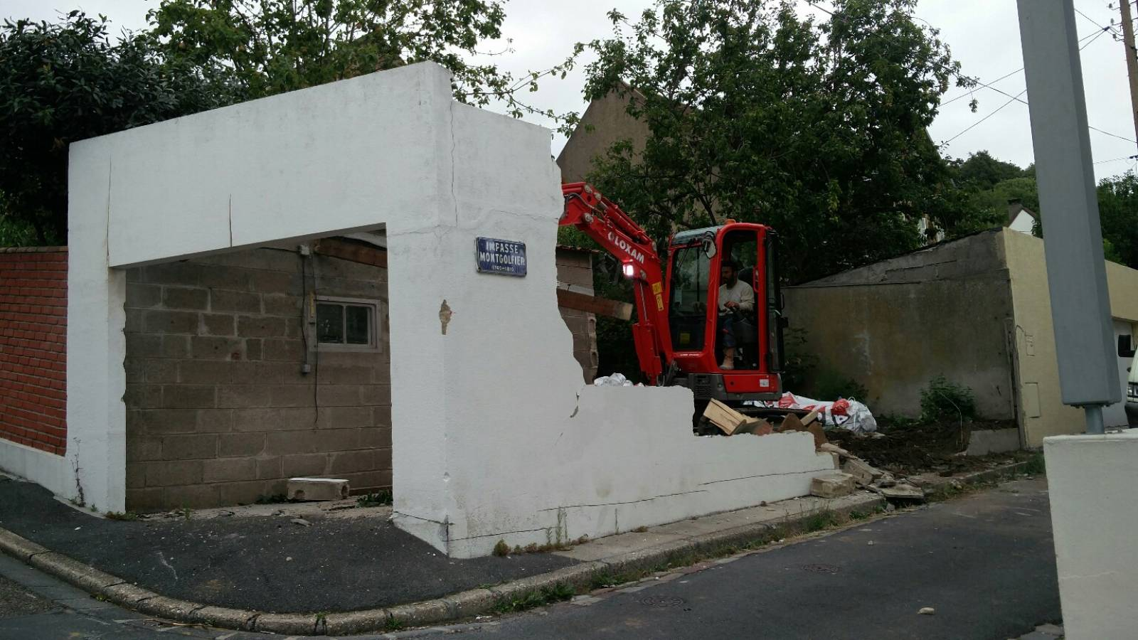 d molition et construction d 39 un garage cl en main au